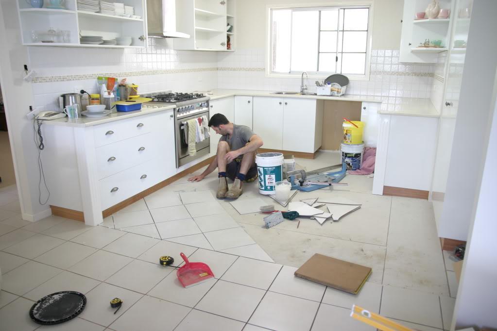 195С чего начать ремонт на кухне своими руками видео смотреть бесплатно